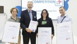Photo: Winner of the MEDICA App COMPETITION