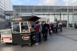 Photo: A food truck at the MEDICA; Copyright: beta-web/Schlüter