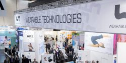 Image: stand with logo of the WEARABLE TECHNOLOGIES SHOW; Copyright: Messe Düsseldorf