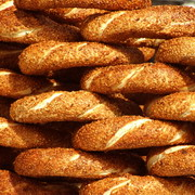 Photo: Breads with a layer of sesame