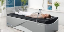 Image: Woman on a Wellsystem massage bed; Copyright: Wellsystem