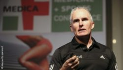 Image: Mark Verstegen as a speaker at MEDICA MEDICINE AND SPORTS CONFERENCE; Copyright: Messe Düsseldorf