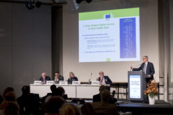 Foto: Speaker and panel at the EUROPEAN HOSPITAL CONFERENCE