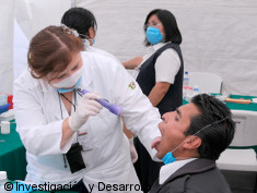 Photo: Doctor checking health of a man