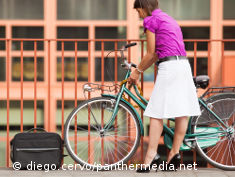 Photo: Commuter with bicycle