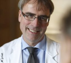Photo: Physician with glasses and grey hair - Clemens Becker