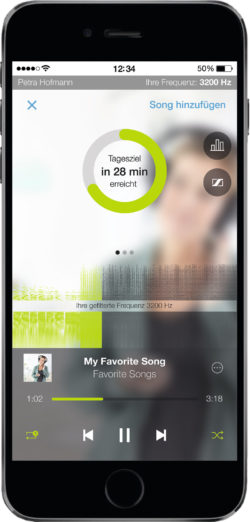 Image: View of the app on a mobile phone; Copyright: Sonormed GmbH