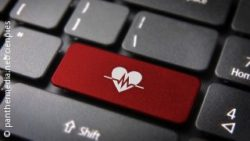 Photo: Keyboard with heart symbol