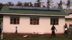 Photo: A house in Africa with solar panels on the roof