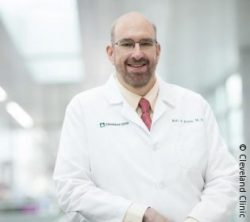 Image: A smiling man with glasses wearing a white coat - Dr. Eric Klein, M.D.; Copyright: Cleveland Clinic