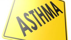 "Image: yellow warning sign with the word ""asthma"" on it; Copyright: panthermedia.net/tang90246"