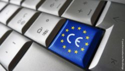 Image: Computer keyboard where one key has been replaced by the CE symbol with the flag of the EU; Copyright: panthermedia.net/NiroDesign
