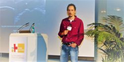 Image: Moritz Müller during his lecture at MEDICA PHYSIO CONFERENCE; Copyright: beta-web/Wart
