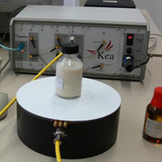 Photo: Magnetic resonance spectrometer