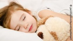 Image: Sleeping girl; Copyright: panthermedia.net / svetamart