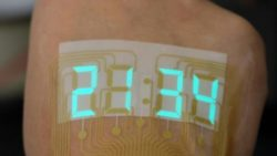 Image: smart watch on the skin of a hand; Copyright: Adapted from ACS Materials Letters 2019, DOI: 10.1021/acsmaterialslett.9b00376.
